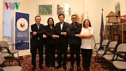 Ngày Gia đình ASEAN tại Cộng hòa Séc - ảnh 2