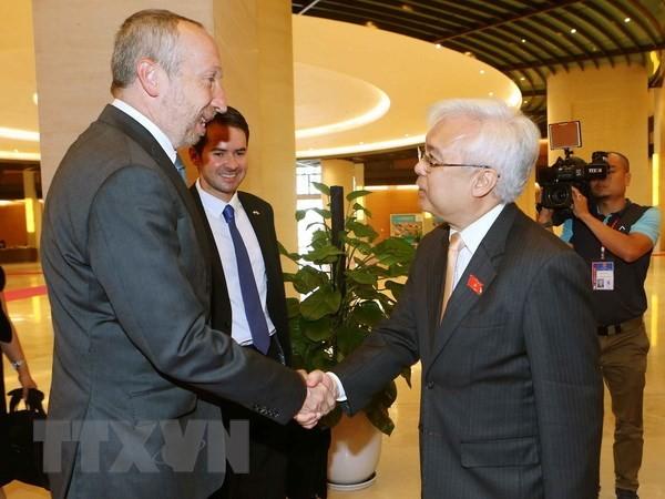 Việt Nam và Cộng hòa Czech đẩy mạnh hợp tác giáo dục  - ảnh 1