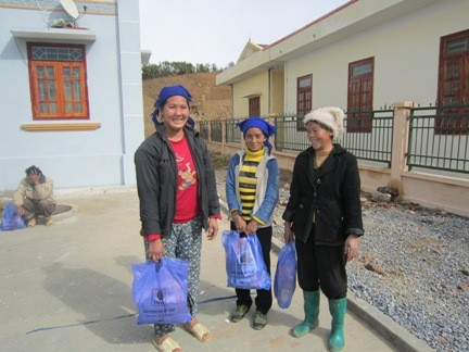 VOV5 presents New Year gifts to the poor in Lai Chau province - ảnh 3