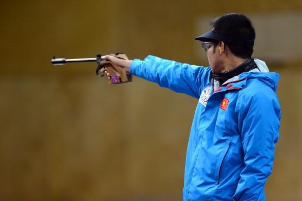 Shooter Hoang Xuan Vinh wins historic gold medal at Rio Olympics 2016 - ảnh 2