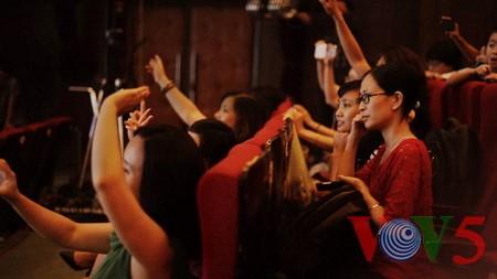 "Medley ""Hanoi autumn"" advances to final round of Vietnam Journalists' Singing Festival 2016 - ảnh 5"
