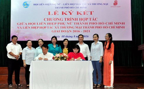 Months of Vietnamese goods' discount: domestic market dominates - ảnh 1