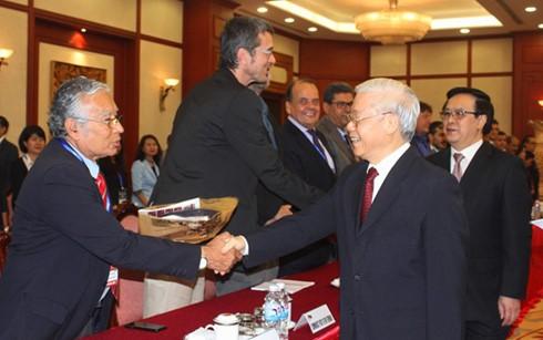 阮富仲会见出席第18次共产党和工人党国际会议的各政党代表团团长 - ảnh 1