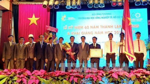 Deputy PM attends ceremony for 60th anniversary of Ho Chi Minh University of Industry - ảnh 1