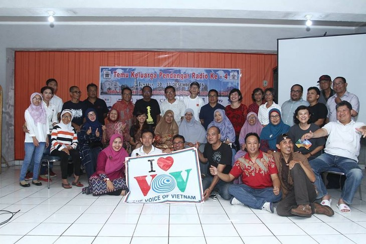 Get-together of Indonesian radio fans in Yogyakarta - ảnh 1