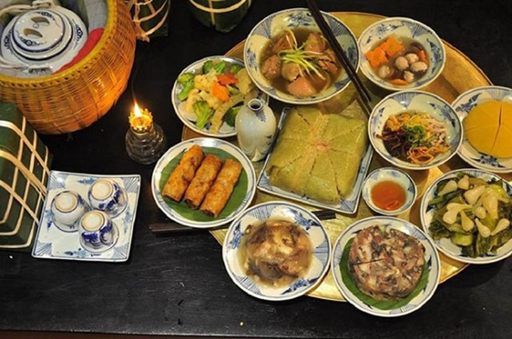 New Year's Eve of a Vietnamese family - ảnh 1