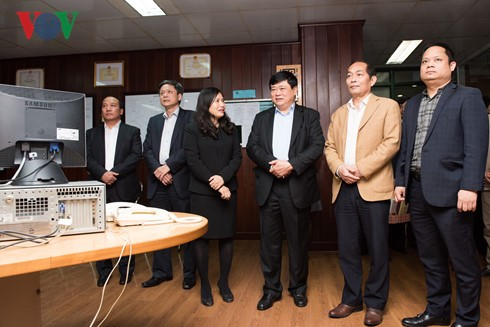VOV President pays Lunar New Year visit to officials, reporters - ảnh 2
