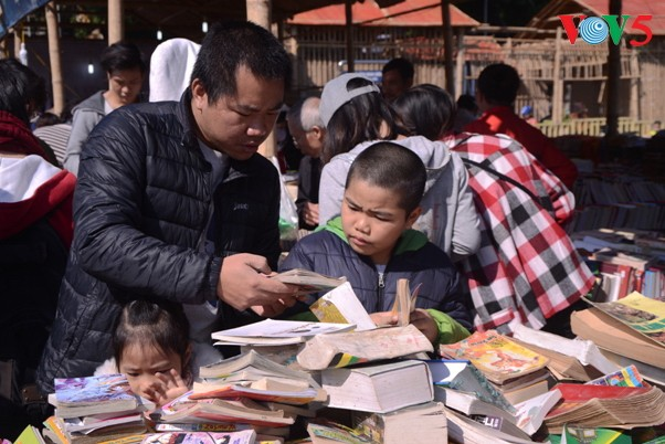 Promoting community's reading culture  - ảnh 1
