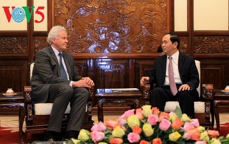 President receives General Electric Chairman - ảnh 1
