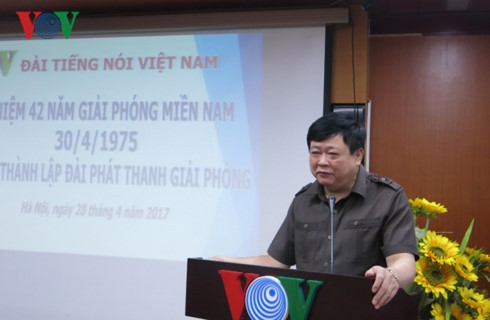 VOV holds get together of Liberation Radio staff - ảnh 2