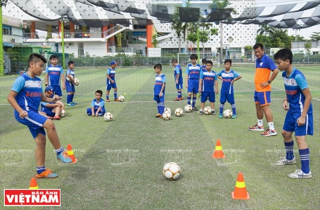S&A Academy forges friendship between Vietnamese and Thai footballers - ảnh 2