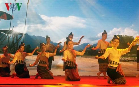 ASEAN village closes in Ho Chi Minh City - ảnh 1