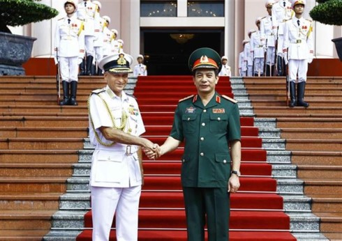 Vietnam supports India's Act  East policy  - ảnh 1