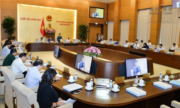 National Assembly Standing Committee meets  - ảnh 1