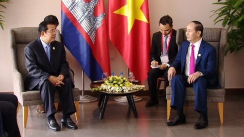 President meets Lao, Cambodian, Republic of Korean leaders  - ảnh 2