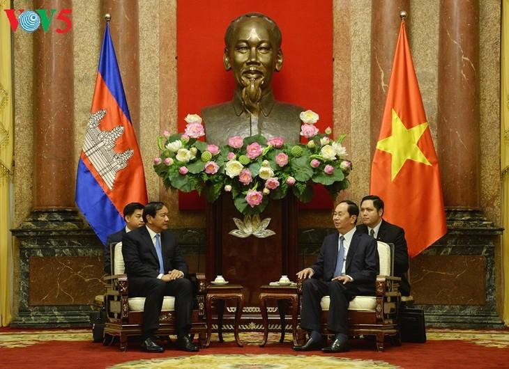 President applauds Vietnam-Cambodia border delineation efforts  - ảnh 1