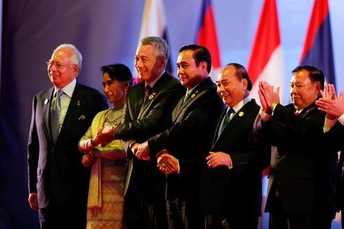 东盟峰会在老挝开幕 - ảnh 1