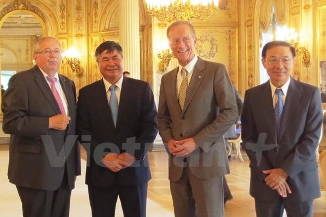 推动越南与德国地方合作的效果   - ảnh 1