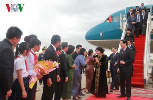 阮氏金银抵达金边开始对柬埔寨进行正式友好访问 - ảnh 1