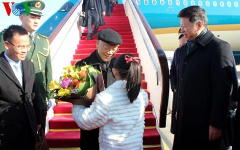 阮富仲的中国之行是两国关系良好前景的象征 - ảnh 1