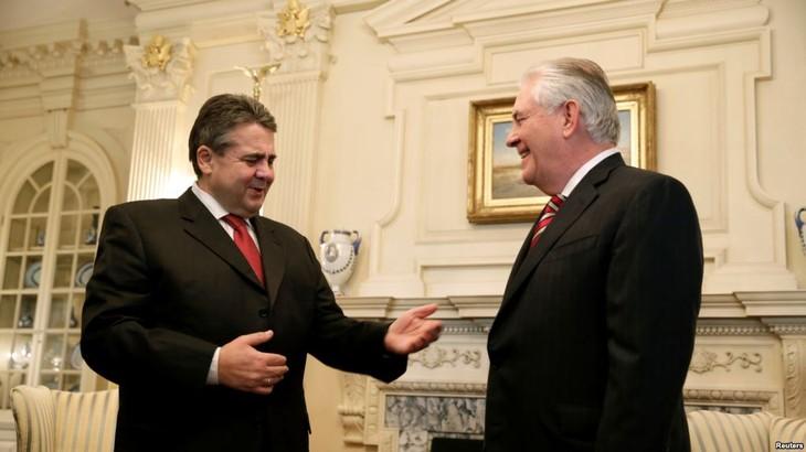美国国务卿首次出访选择德国   - ảnh 1
