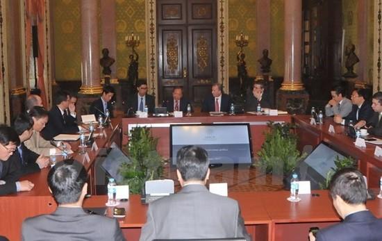 越南和墨西哥加强财政合作   - ảnh 1