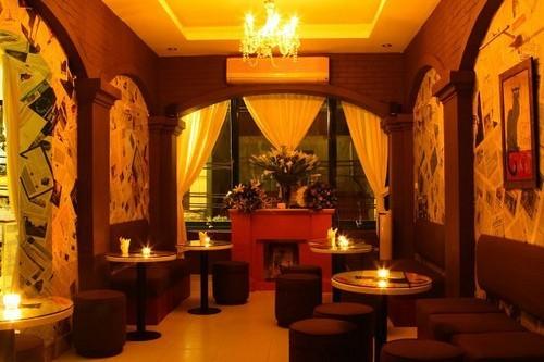适合年轻人约会的河内咖啡馆 - ảnh 3