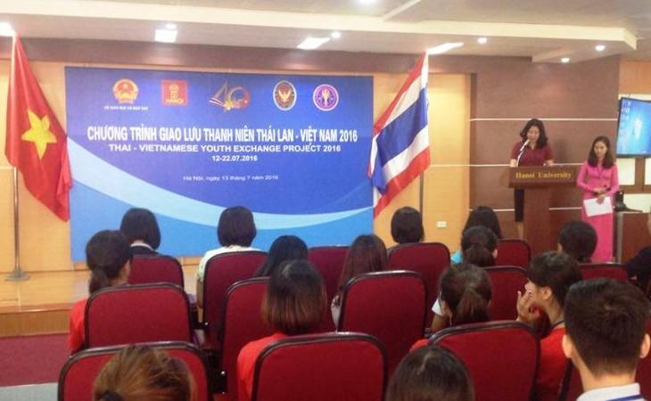 พิธีเปิดโครงการแลกเปลี่ยนเยาวชนไทยและเวียดนามครั้งที่ 8  - ảnh 1