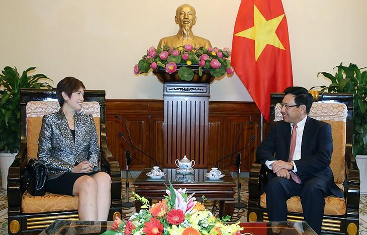 เวียดนามและสิงคโปร์ทำนุบำรุงความสามัคคีและรักษาสันติภาพในภูมิภาค - ảnh 1
