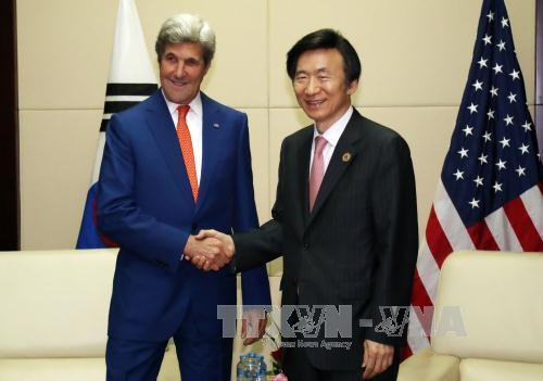 สหรัฐและสาธารณรัฐเกาหลีเห็นพ้องกันในการเพิ่มแรงกดดันต่อเปียงยาง  - ảnh 1