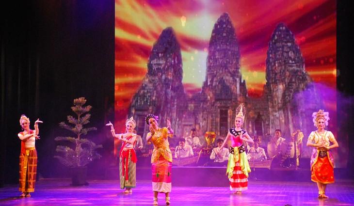 งานวันวัฒนธรรมไทยในเวียดนาม - ảnh 20