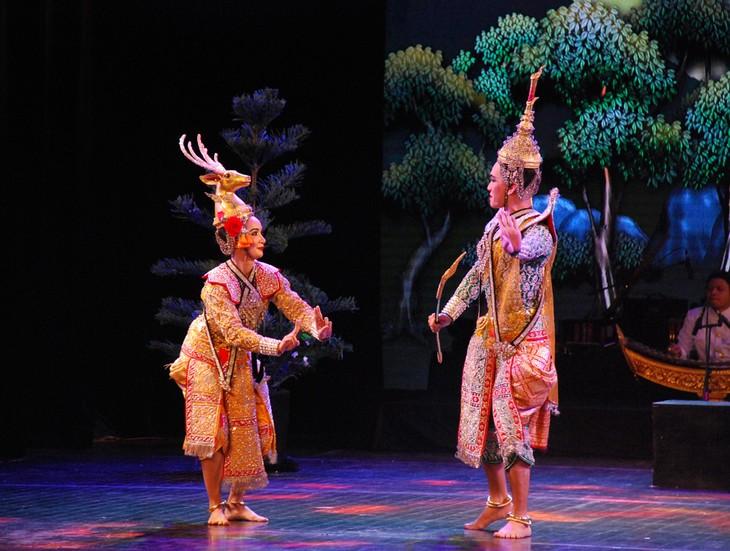 งานวันวัฒนธรรมไทยในเวียดนาม - ảnh 24
