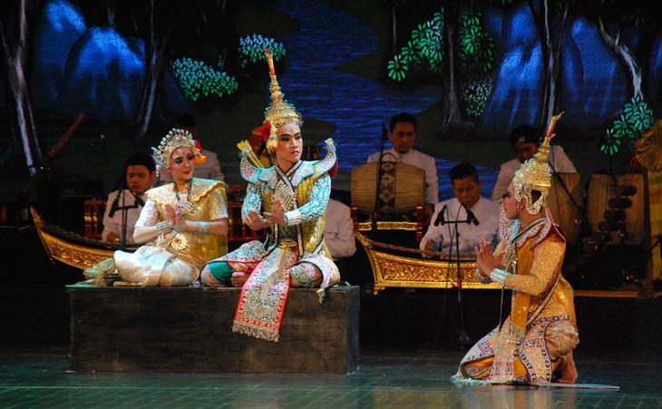 งานวันวัฒนธรรมไทยในเวียดนาม - ảnh 23