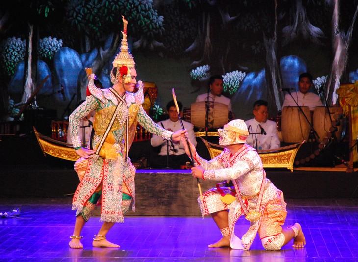 งานวันวัฒนธรรมไทยในเวียดนาม - ảnh 28