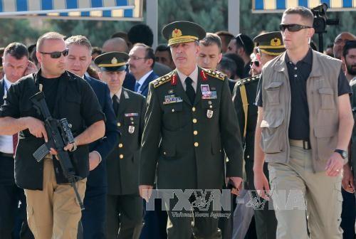 สภาทหารสูงสุดของตรกีจัดการประชุมฉุกเฉินหลังการรัฐประหาร - ảnh 1