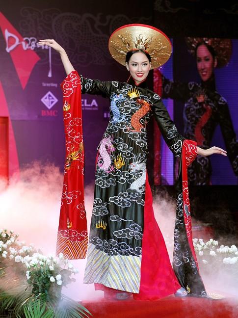 El Ao Dai enorgullece a Vietnam - ảnh 2