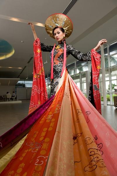El Ao Dai enorgullece a Vietnam - ảnh 3