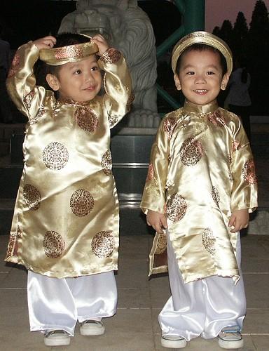 El Ao Dai enorgullece a Vietnam - ảnh 8