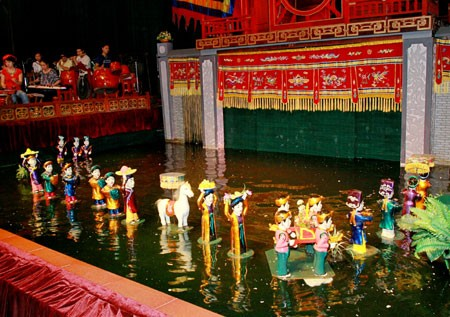Récord Guinness para el Teatro de guiñol acuático Thang Long de Vietnam - ảnh 2
