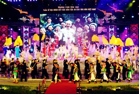 Unidad Nacional es una tradición y patrimonio preciados de Vietnam - ảnh 2