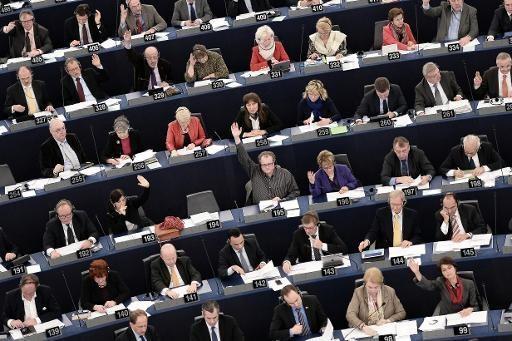 Parlamento Europeo adopta presupuesto 2014-2020 - ảnh 1
