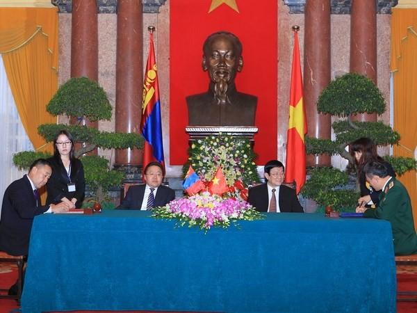 Estrechan cooperación multifacética Vietnam y Mongolia - ảnh 1