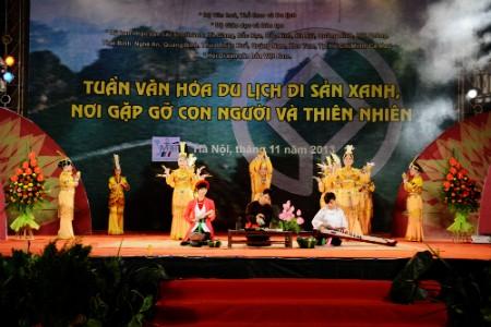 Actividades en saludo al Día Nacional del Patrimonio Cultural - ảnh 1