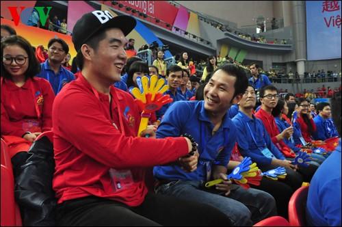 Inaugurado segundo Festival Juvenil Vietnam-China en Nanning - ảnh 1