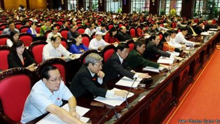 Aprueba Vietnam enmiendas a la constitución de 1992 con 97,5% de votos a favor - ảnh 1
