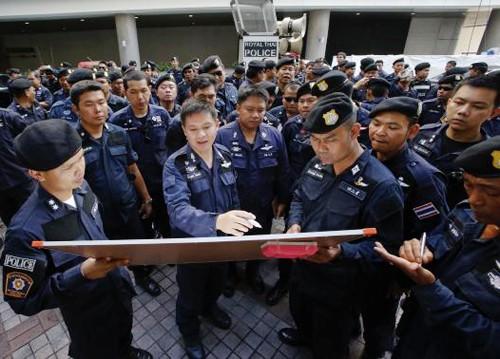 Protesta en Tailandia por libertad y democracia  - ảnh 1