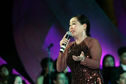 Veterano compositor de música revolucionaria de Vietnam - ảnh 4