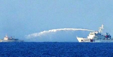 Senadores franceses de Amistad apoyan Vietnam en el tema del Mar Oriental  - ảnh 1