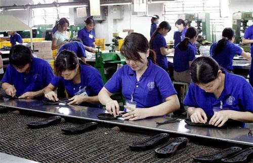 Foro Empresarial de Vietnam 2014 contribuye a elevar la confianza de inversores extranjeros - ảnh 3
