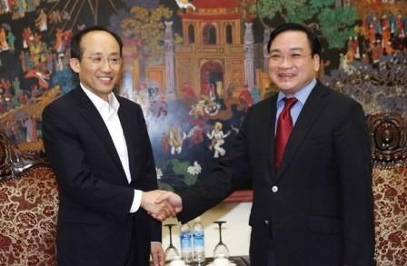 Impulsan cooperación económica y comercial entre Vietnam y Corea del Sur - ảnh 1